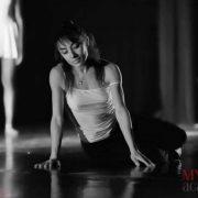 Laura Scaringella - Modern - Sbarra a terra